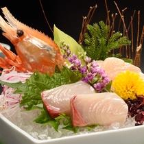 夕食一例 お造り※季節・仕入れ状況によりメニューが変わります。