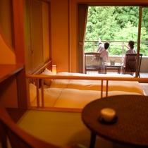 4階メゾネット風和洋室