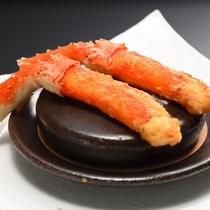 夕食メイン一例:タラバ蟹バター焼き