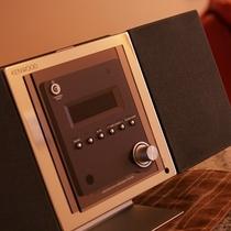 全客室にCDデッキをご用意。CD無料貸出もあるので、お好きな音楽をかけて、ごゆっくりお過ごし下さい♪