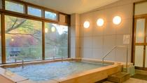 *大浴場1F。檜風呂の温泉
