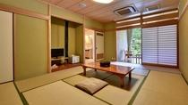 *展望風呂付客室。和室タイプのお部屋