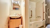 *和室12畳。洗面台は独立していて使いやすいつくり。