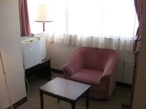 タイプD ベッド2台の時のソファー