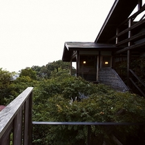 【別荘:外観】*非日常空間で、日頃の疲れを時間の経過と共に癒すひとときを。