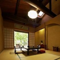【本館:木蘭-mokuran-】*趣と落ち着きのある客室。当館自慢の森林を眺めてお寛ぎください。