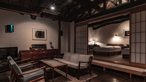 【別荘/悠‐yu‐】伊豆高原の四季を愉しむことができるリビングにてお寛ぎください