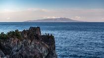 【周辺景観】城ケ崎海岸から伊豆大島を望む