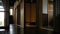【別荘/客室】長野・群馬の古民家を移築し、一年がかりで再生された別荘