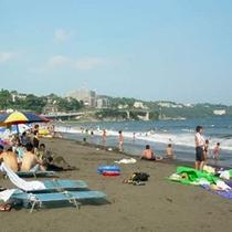 7・8月 『吉浜海岸』海水浴の風景