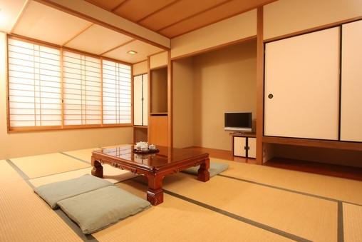 和室12畳/家族風呂完備/34平米/禁煙