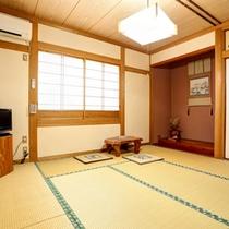 部屋(和室8畳)