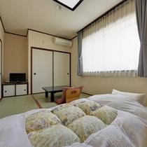 *和室6畳(客室一例)/一人旅やビジネスに◎足を伸ばしてごゆっくりお寛ぎ下さい。
