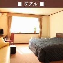 【本館ダブル】160cmのシモンズ社製のベッドでゆったり~♪カップルやご家族に人気のお部屋です♪
