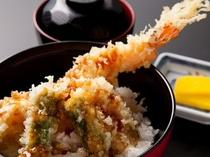 レストラン西霧の『大海老一本丼』♪