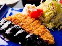 レストラン『西霧』味噌カツ定食♪