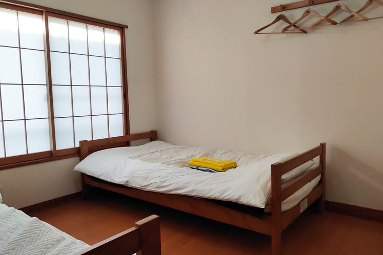 洋室1~2名様部屋2