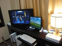 ワイド画面がうれしい32型液晶テレビ&インターネット無料