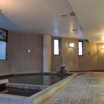*【大浴場】美肌の湯とされる炭酸水素塩泉で心身ともにリラックスして下さい
