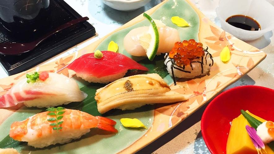 ・【食事】<キング定食>出水の新鮮な魚介類を豊富に使っております