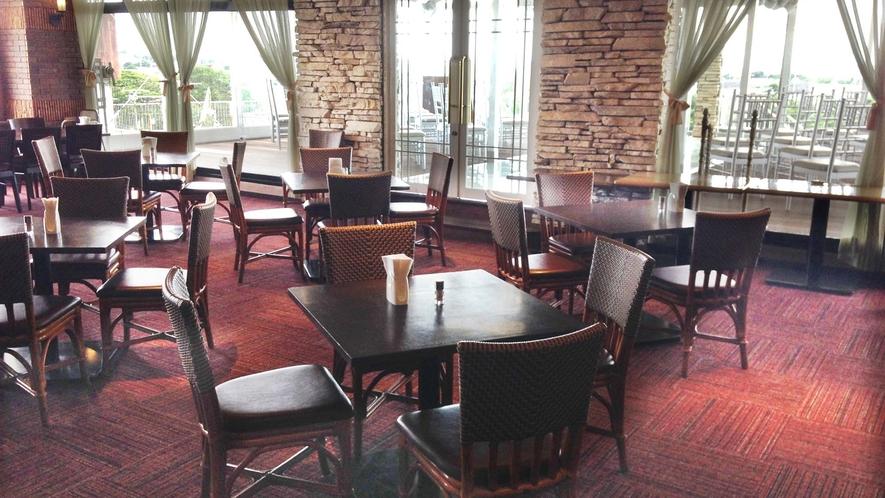 ・【レストラン】スカイラウンジ「オリビエ」 レストラン&バーです
