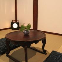 【天保蔵】1Fはリビング、お風呂、2Fは和室と寝室がございます。