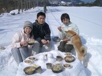 スノーピクニック4(雪テーブルであったかランチ♪)