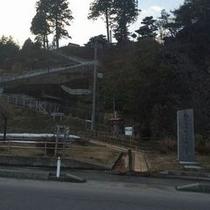 外ヶ浜町三厩:義経寺と松前街道終点之碑
