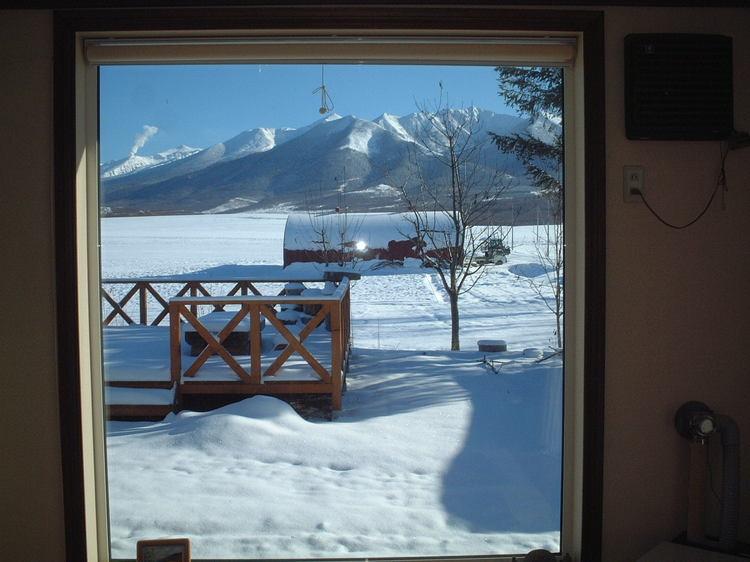 【施設】リビングの窓からの眺め