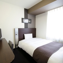 ◆ダブルエコノミー◆広さ13平米◆ベッド幅140cm◆全客室サータ社製のポケットコイルマットレス♪