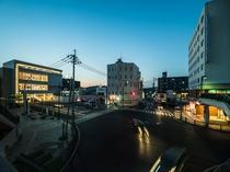ホテルと諫早駅