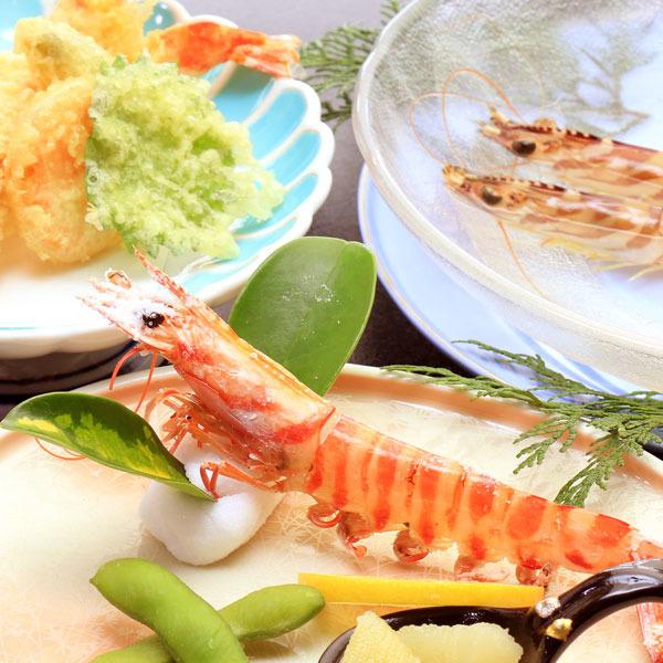 海老三昧お料理の一例です。どれも新鮮でぷりぷりの海老をお召し上がりください!