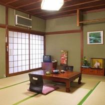 *手足を伸ばしてのんびりとお寛ぎいただける和室客室です