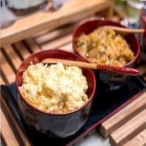 青森名物(たまご味噌・ねぶた漬け)毎週提供される青森名物です。お楽しみに。