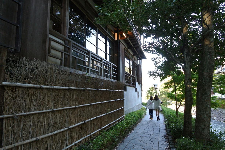 桂川沿いの風景も宿から徒歩5分です。