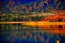 宇曾利湖の秋
