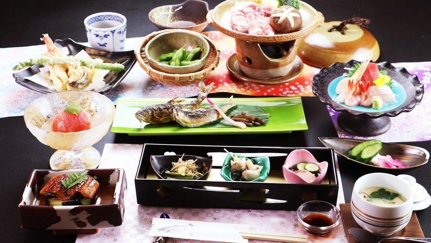 夏のお料理《一例》五感で愉しむ、旬の和食膳