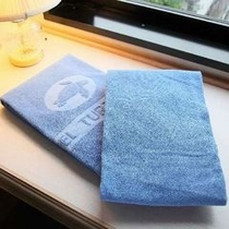 お部屋にはお一人様2枚のタオルをご用意しております。