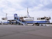 【買物】青函連絡船記念館摩周丸。1965年から1988年まで運行した連絡船が、岸壁に係留され記念館に