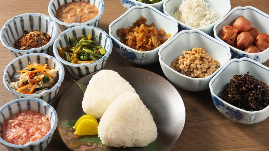 【朝食】種類豊富なご飯のお供