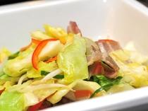 朝食バイキングメニュー☆豚バラ入り野菜炒め☆