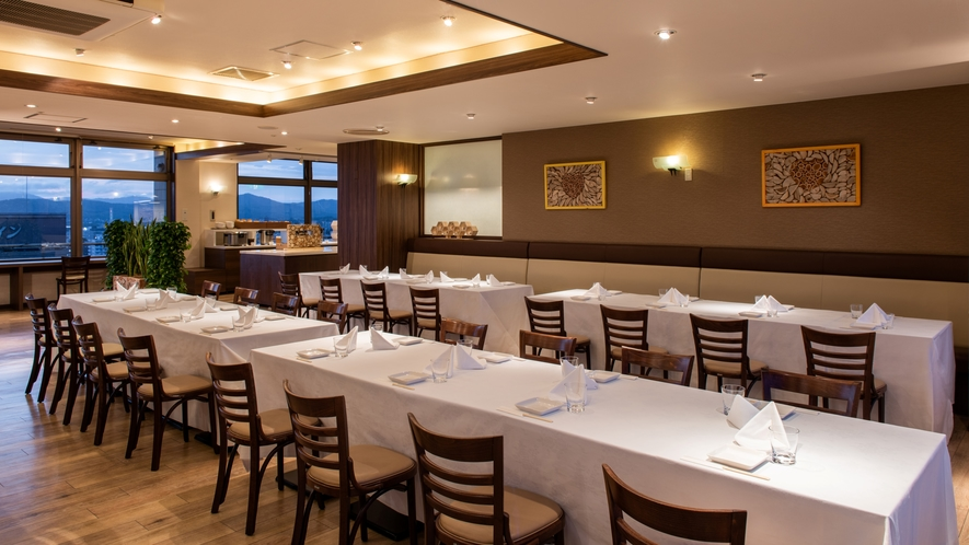 展望レストラン~ご宴会は8名様から承ります