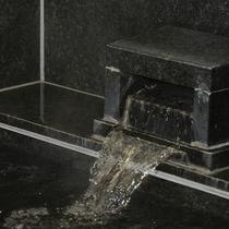 天然温泉内風呂付き和室