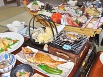 【季節の料理一例:盃膳】新鮮な魚介をふんだんに使用したお料理