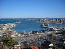 柏崎港と漁船群