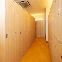 【パコの湯・男性浴場】 11階男性脱衣室