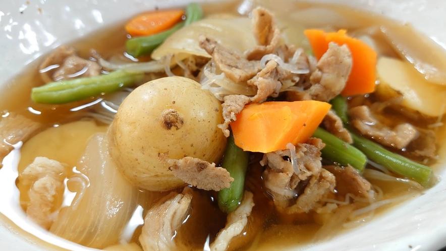 【朝食】◆肉じゃが◆ ♪ご飯との相性抜群の温かい肉じゃがオススメです♪