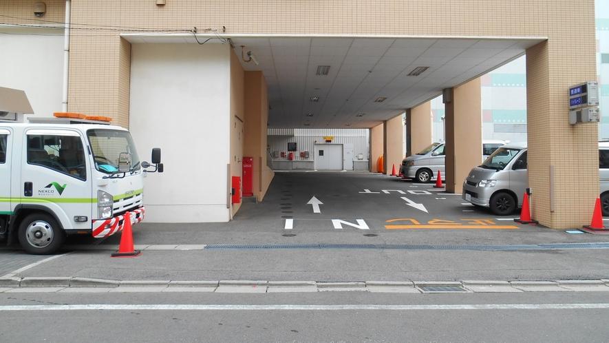 ◆駐車場 15:00~翌11:00まで1泊700円