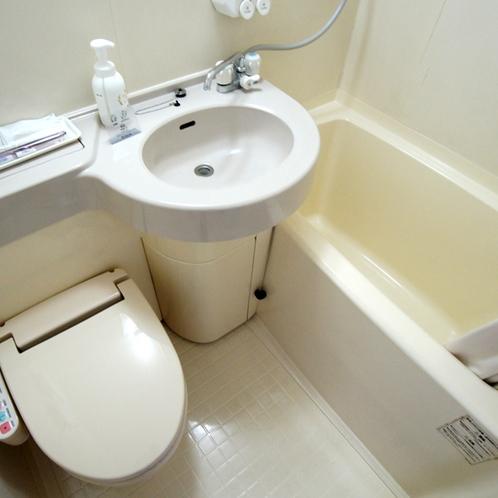 各お部屋のユニットタイプのバスルーム