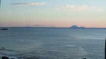 ホテルから見える三島、屋久島